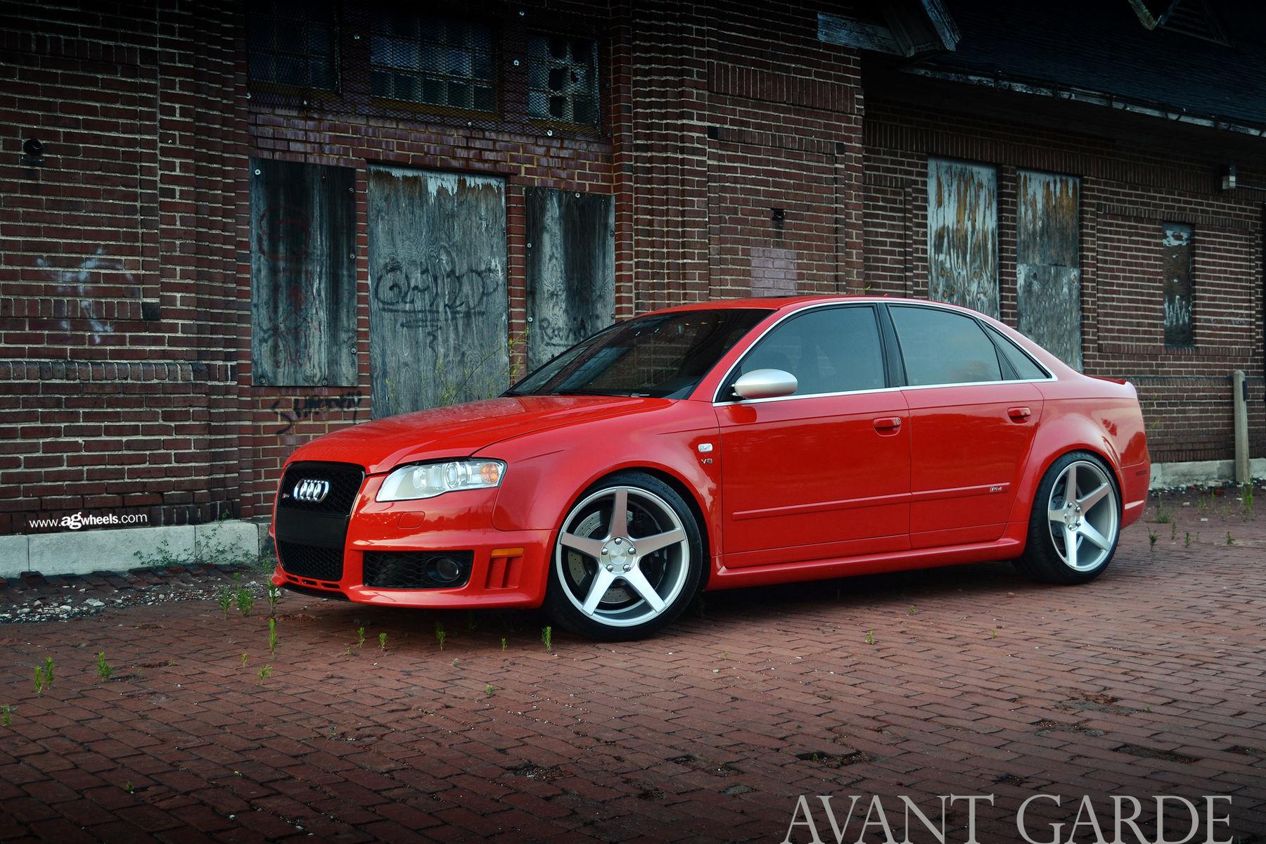 Audi RS 4   Audi B7 RS4