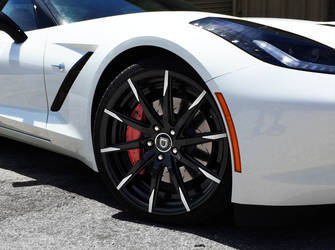 2014 Chevrolet Corvette Stingray | '14 Chevy Corvette C7 drop-top on Lexani R-Fifteen's