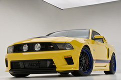'12 Ford Mustang