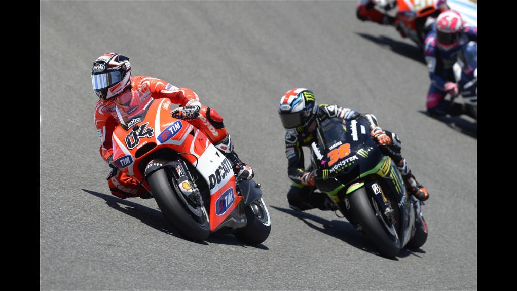 2013 Ducati  | 2013 MotoGP - Jerez - Dovizioso leads Bradley Smith