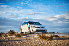 H&R 2016 Golf GTI - Front