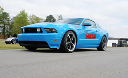 '11 Ford Mustang
