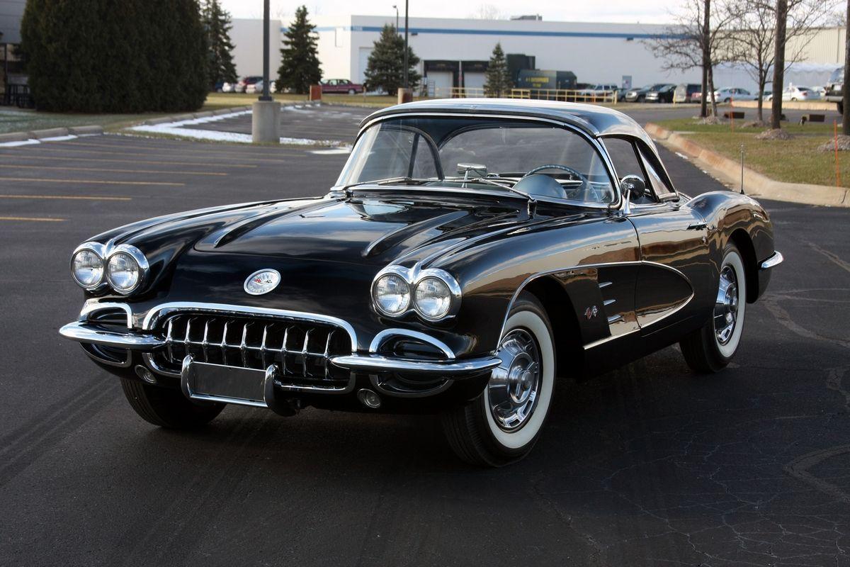 1960 Chevrolet Corvette   1960 Corvette Coupe