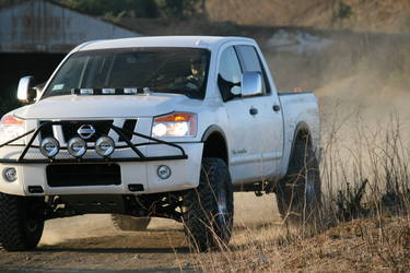 2009 Nissan Titan | Titan Dusting up the Rodeo