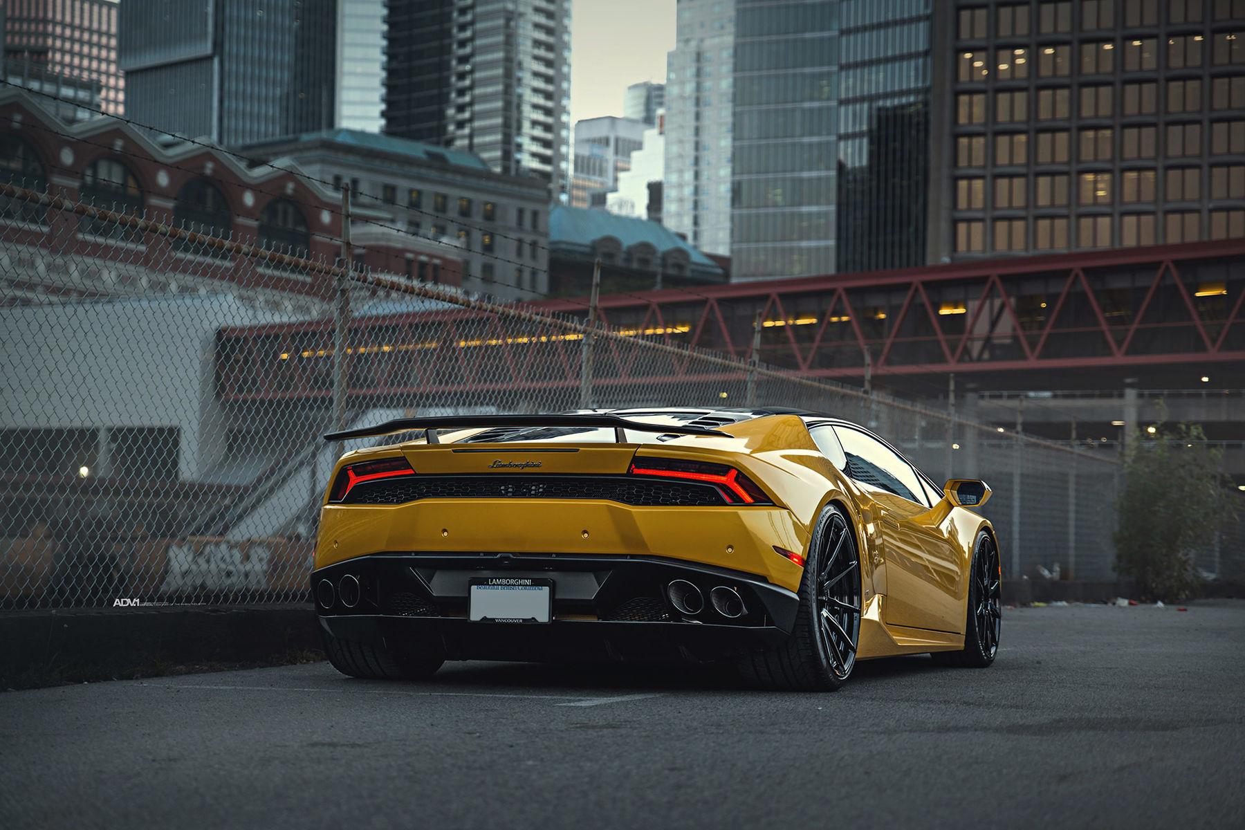 Lamborghini Huracan | Yellow Lamborghini Huracan LP610-4 - ADV.1 ADV10 M.V2 CS Series Gloss Black Wheels