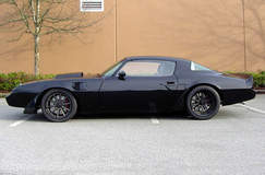 "Steve's ""BlackOut"" '81 Pontiac Firebird on Forgeline RB3C Centerlock Wheels"