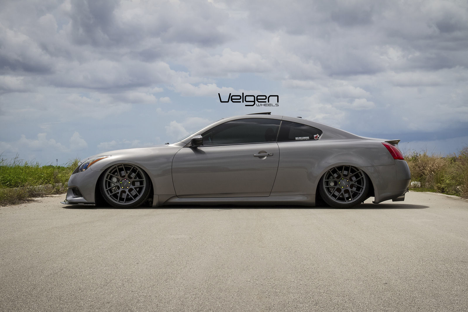 Infiniti G37 Coupe | Bagged Infiniti G37s on Velgen Wheels VMB7