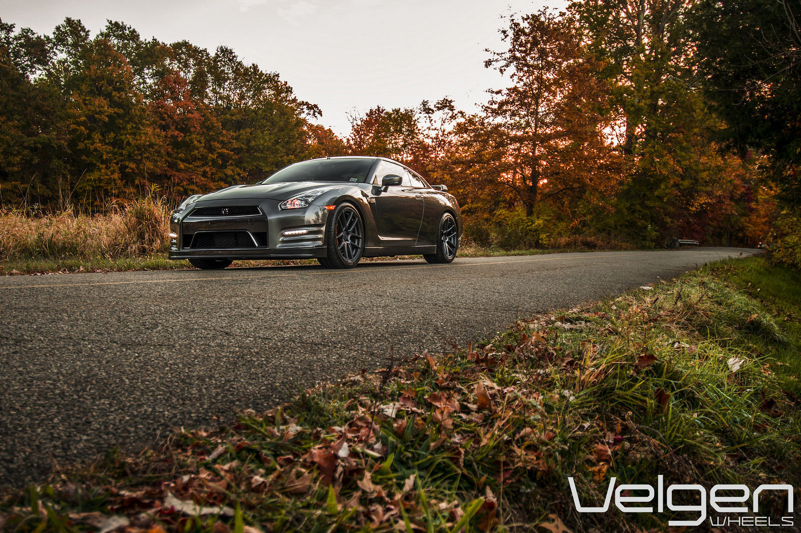 Nissan GT-R | Nissan GT-R on Velgen Wheels  VMB5