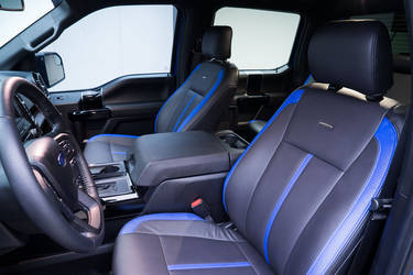 2015 Ford F-150 | '15 Ford F-150 CrewCab by Leer - Interior Shot