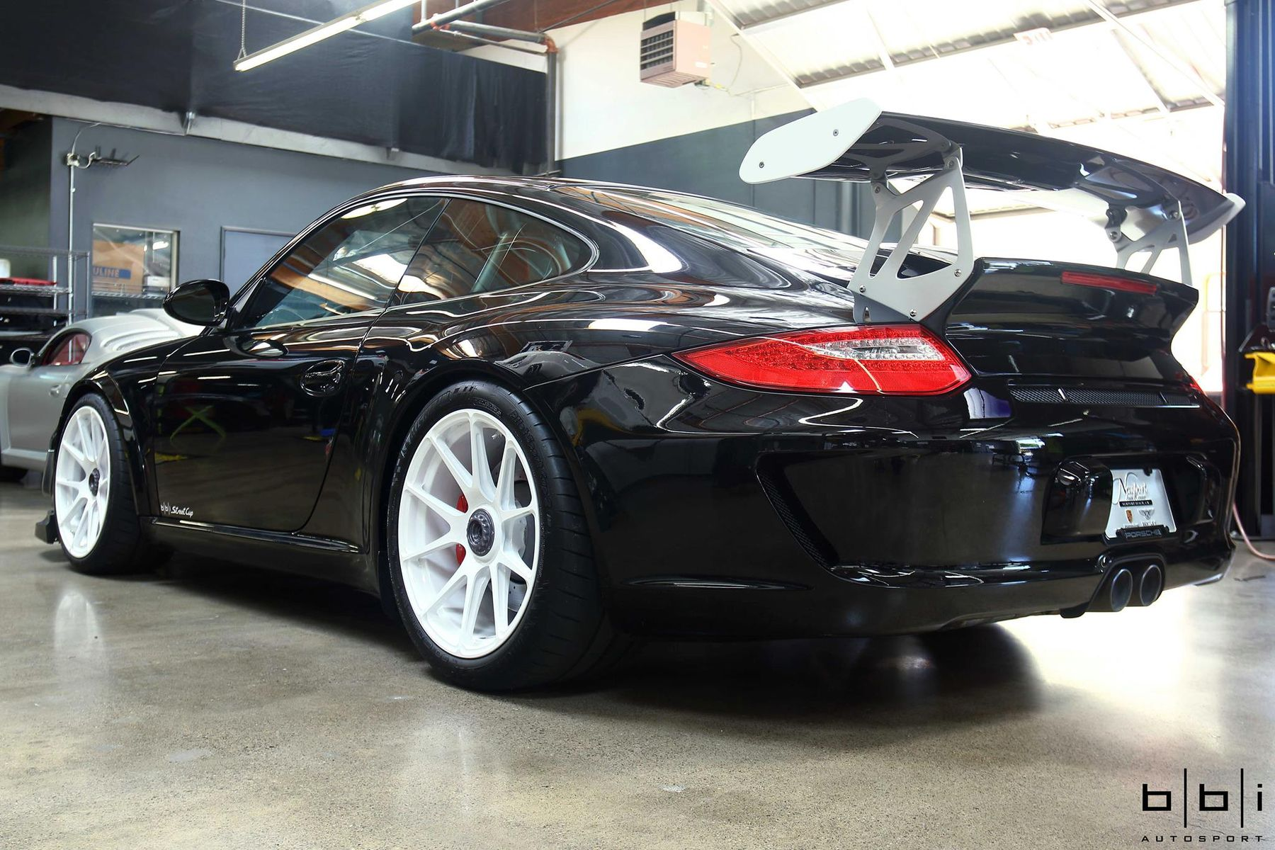 2010 Porsche 997 | BBi Autosport's Porsche 997.2 GT3 Street Cup on Forgeline One Piece Forged Monoblock GA1R Wheels