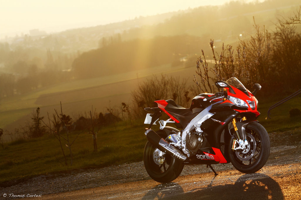 Aprilia RSV4 R ARPC FACTORY | Aprilia At Dawn