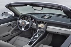 '14 Porsche 911 Turbo Cabriolet