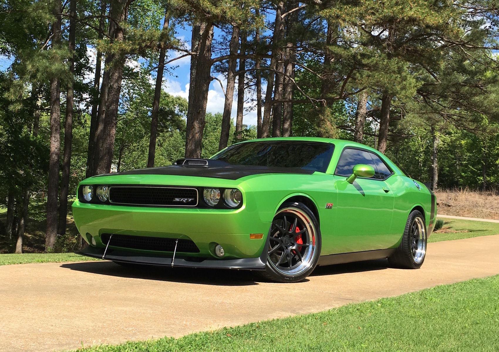 2011 Dodge Challenger | Adam Smith's Petty's Garage Hemi-Powered Dodge Challenger on Forgeline GA3 Wheels