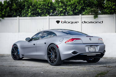 2013 Fisker Karma | 2013 Fisker Karma Fitted With 22 Inch BD-9's in Gloss Black