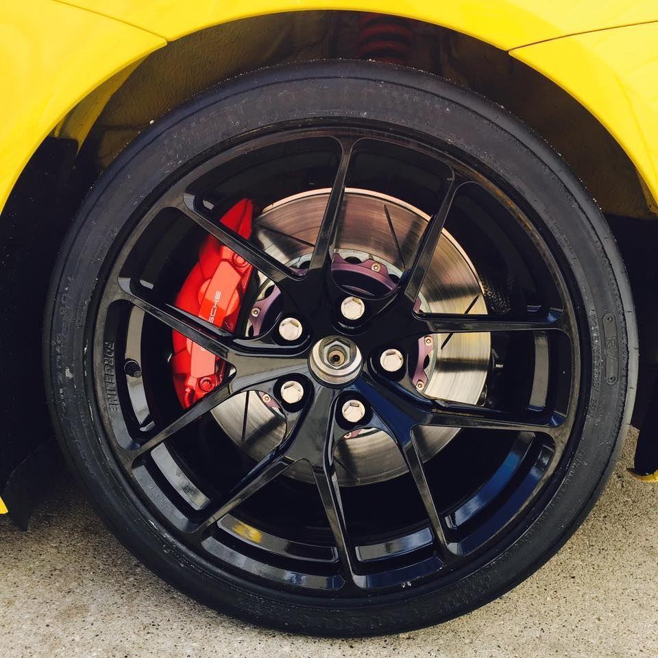 2017 Porsche Cayman | Competition Motorsport's Porsche Cayman GT4 on Forgeline One Piece Forged Monoblock VX1R Wheels