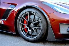 Eric Fleming's C7 Corvette Z06 on Forgeline One Piece Forged Monoblock GA1R Open Lug Wheels