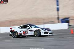 Bob Gawlik's 2016 Porsche GT4