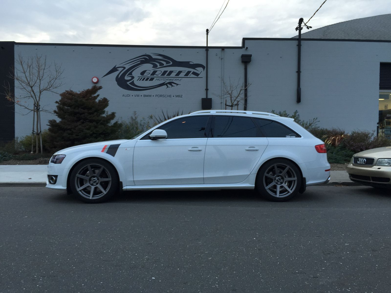 Audi  | Audi