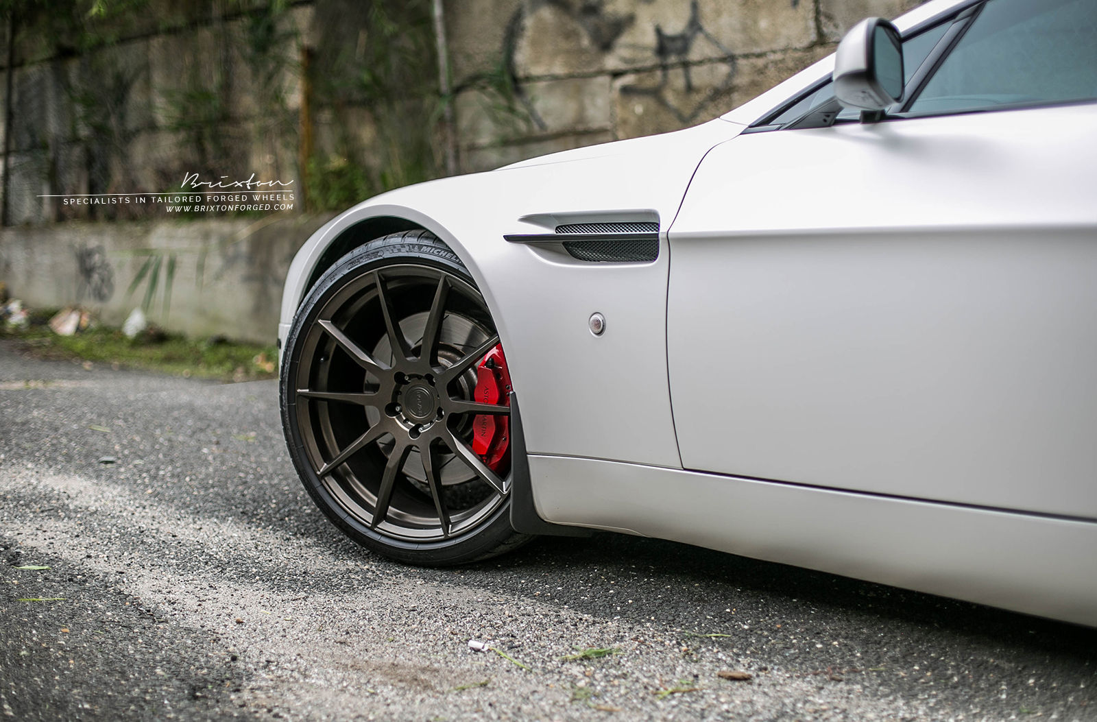 Aston Martin V8 Vantage | Aston Martin V8 Vantage