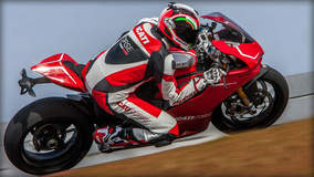 Ducati 1199 Panigale R - Italian Racing