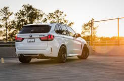 F85 BMW X5 M on Forgeline One Piece Forged Monoblock VX1 Wheels
