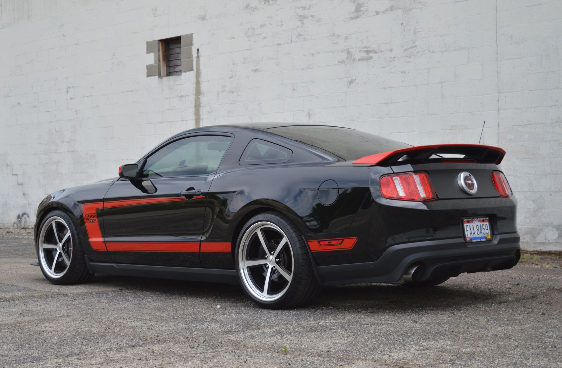 2012 Ford Mustang | Dale Oakes' 2012 Mustang Boss 302 Laguna Seca Edition on Forgeline Heritage Series FL500 Wheels