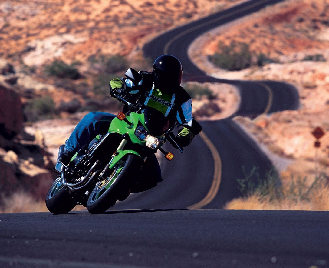 Kawasaki  | Taming The Curves
