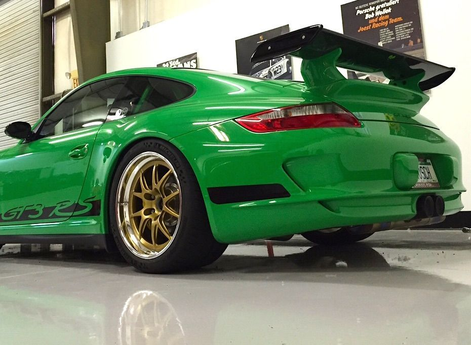 2008 Porsche 911 | Signal Green Porsche 997.1 GT3RS on Forgeline GA3R Wheels