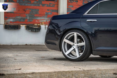 2016 Chrysler 300 | Chrysler 300 - Rear Left Wheel Shot
