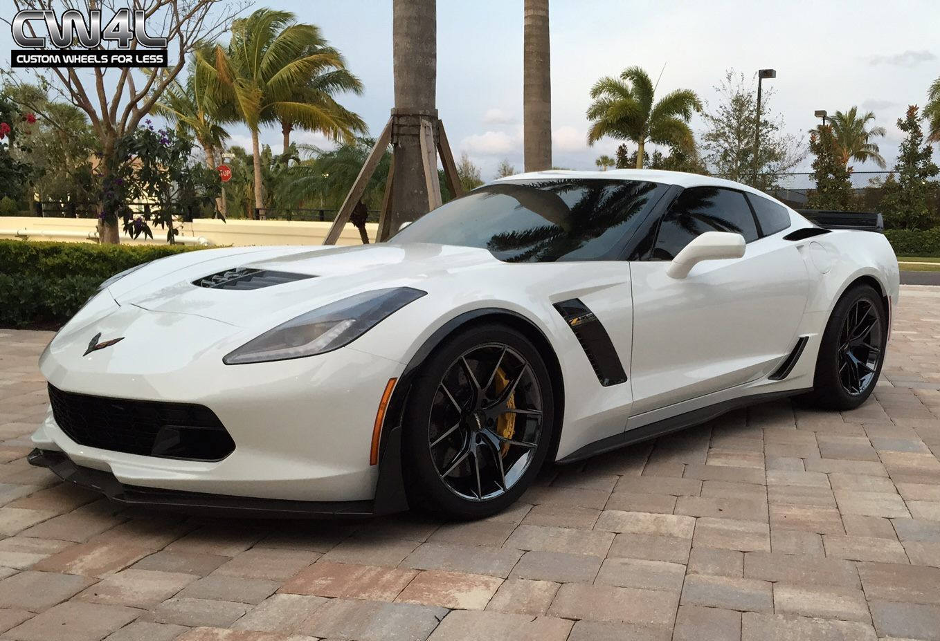 2015 Chevrolet Corvette | White C7 Corvette Z06 on Forgeline One Piece Forged Monoblock VX1 Wheels in Black Chrome PVD