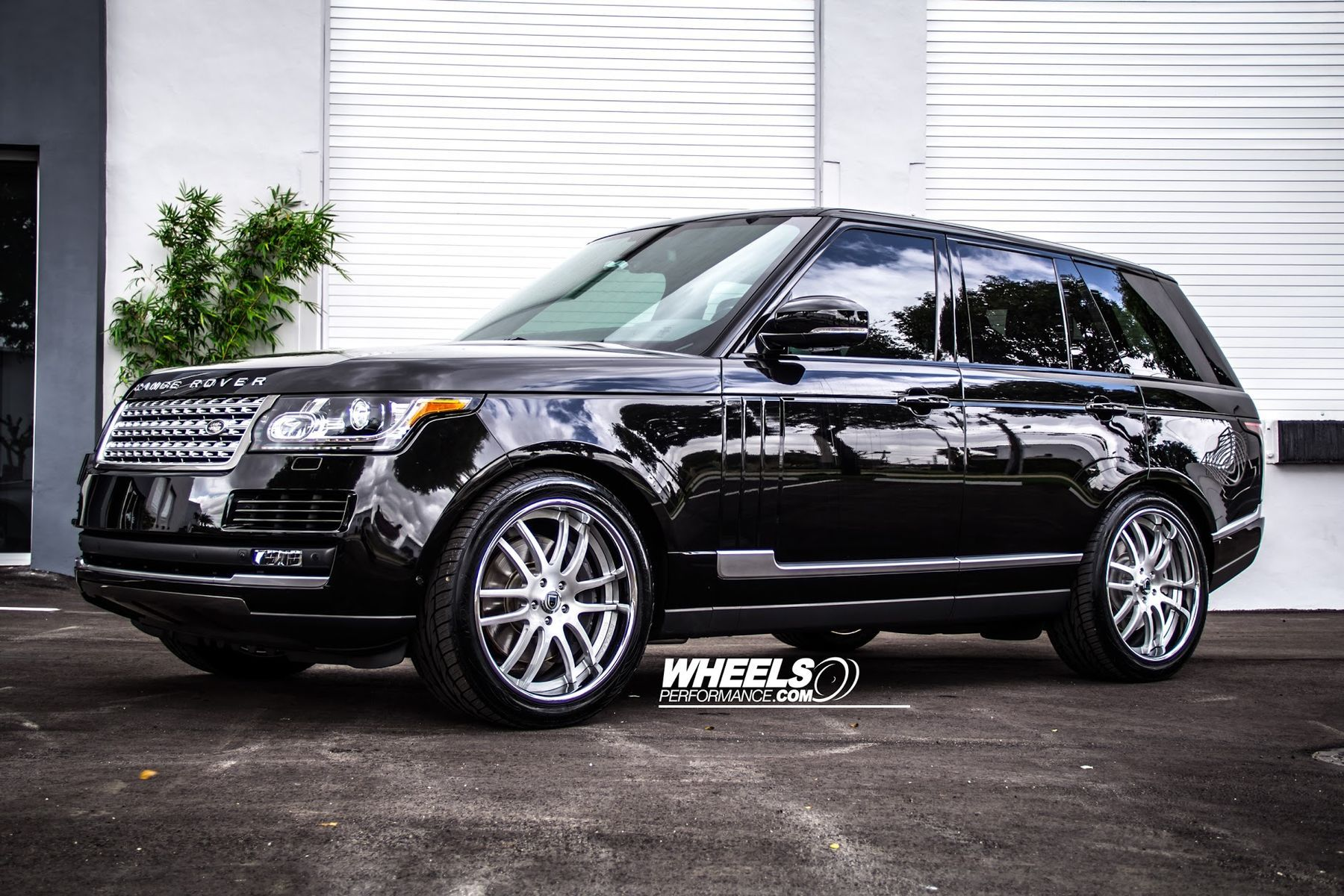 2014 Land Rover Range Rover | OUR CLIENT'S RANGE ROVER WITH 22