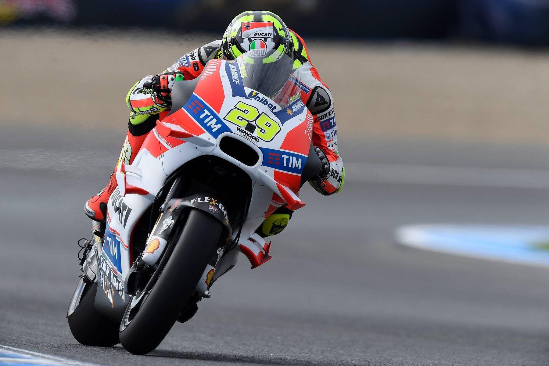 2016     2016 Ducati Moto GP Team