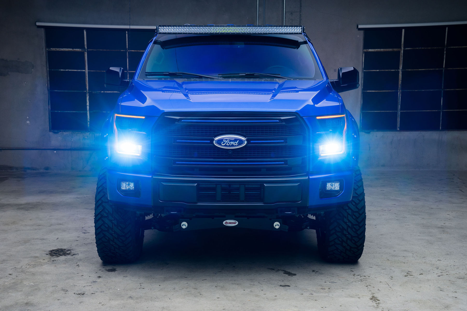 2015 Ford F-150 | '15 Ford F-150 CrewCab by Leer