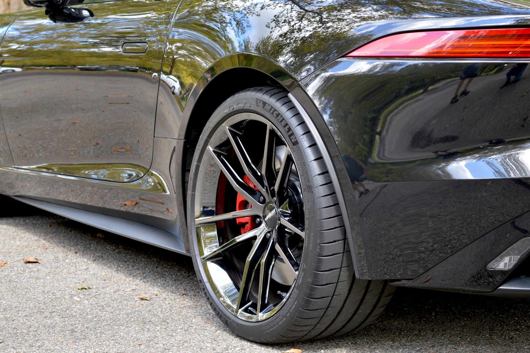 2014 Jaguar F-Type | Dan Warrell's Jaguar F-Type on Forgeline One Piece Forged Monoblock AR1 Wheels