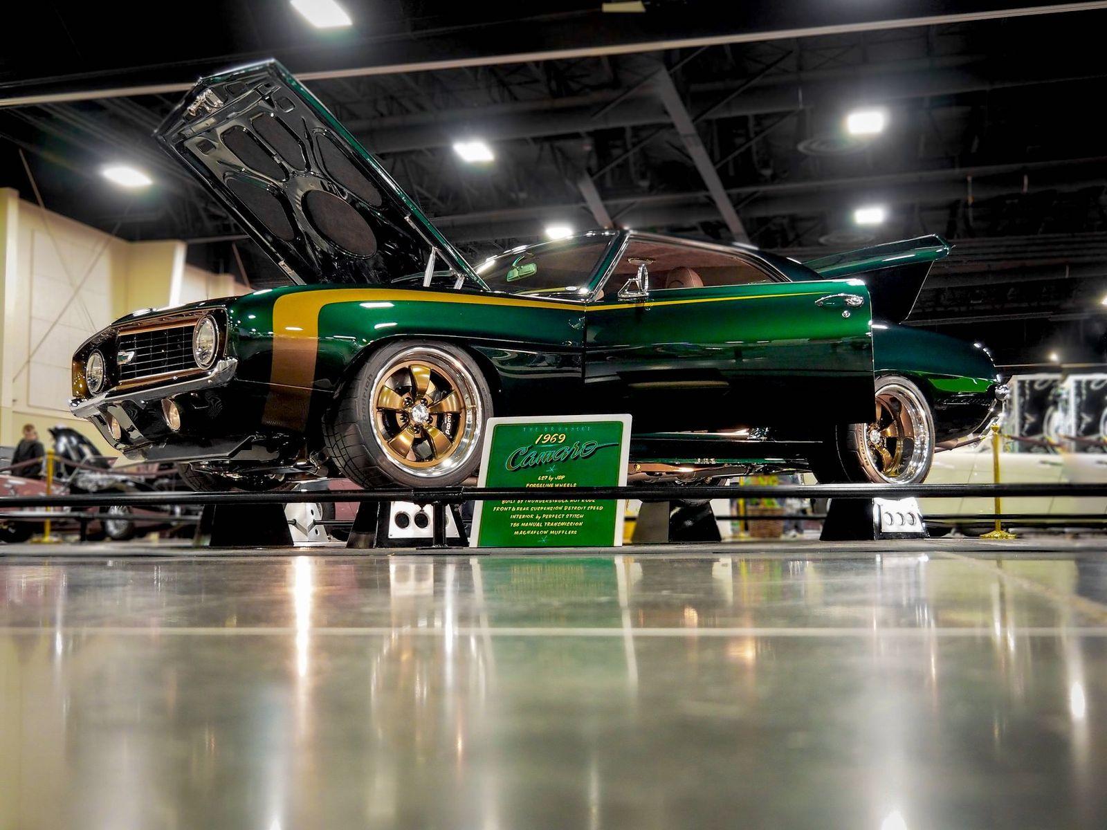 1969 Chevrolet Camaro | Thunderstruck Hot Rods '69 Camaro on Forgeline CR3 Wheels