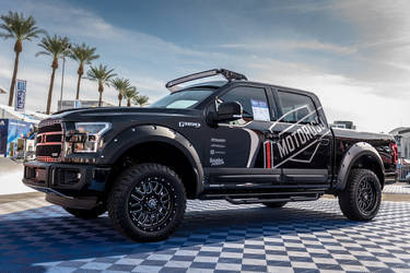 2015 Ford F-150 | Motoroso F-150 - SEMA Ford Out Front