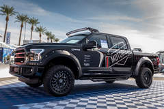 Motoroso F-150 - SEMA Ford Out Front