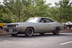 Super Bee on Forgeline ZX3P Wheels