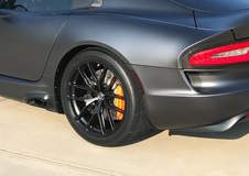 Ron's Gen 5 SRT Viper on Forgeline One Piece Forged Monoblock VX1-6 Wheels
