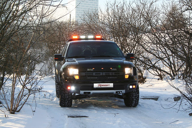 Ford  | Ford Raptor with Rigid Industries Lights