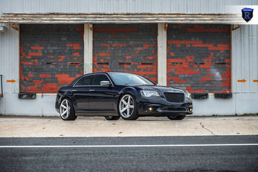 2016 Chrysler 300 | Chrysler 300 - Stanced On Rohana Wheels