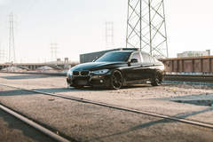 BMW 330i - Train Tracks
