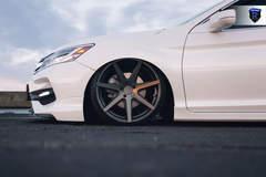Honda Accord V6 Touring - Driver Side Wheel