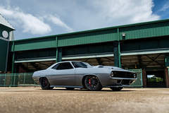 "Weaver Customs ""Torc"" 1970 Plymouth Barracuda at Barrett-Jackson on Forgeline Dropkick Wheels"