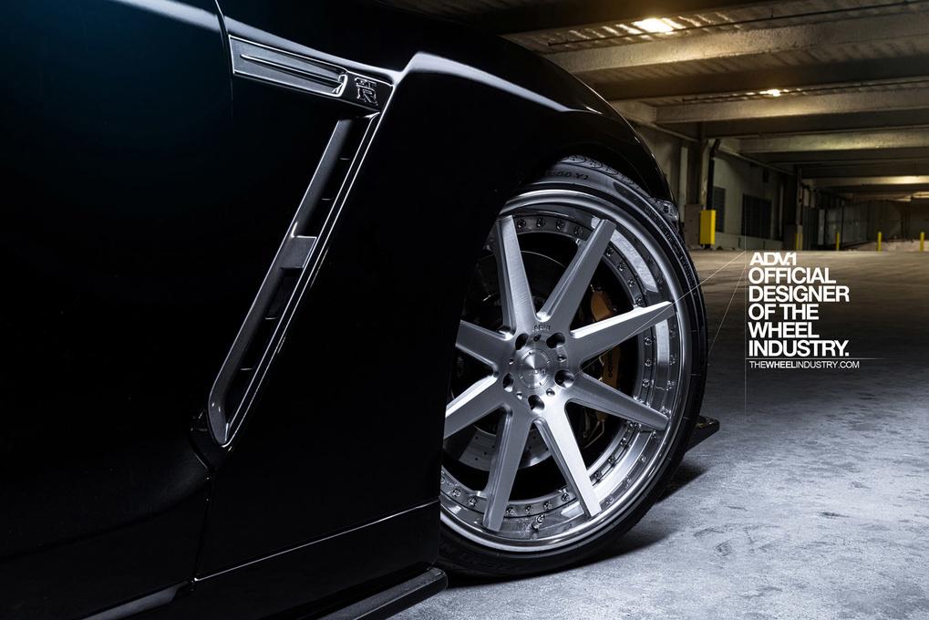 2011 Nissan GT-R | '11 Nissan GTR on ADV.1's