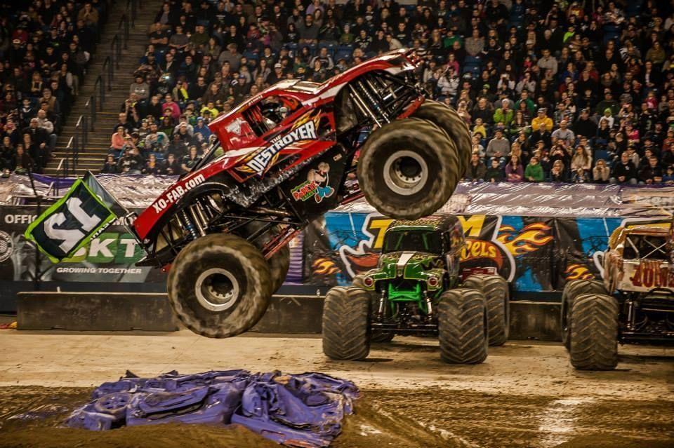 | XO Fab Monster Truck