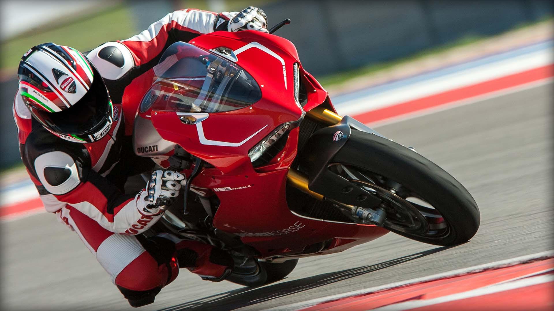 2014 Ducati  | Ducati 1199 Panigale R - Track Racing