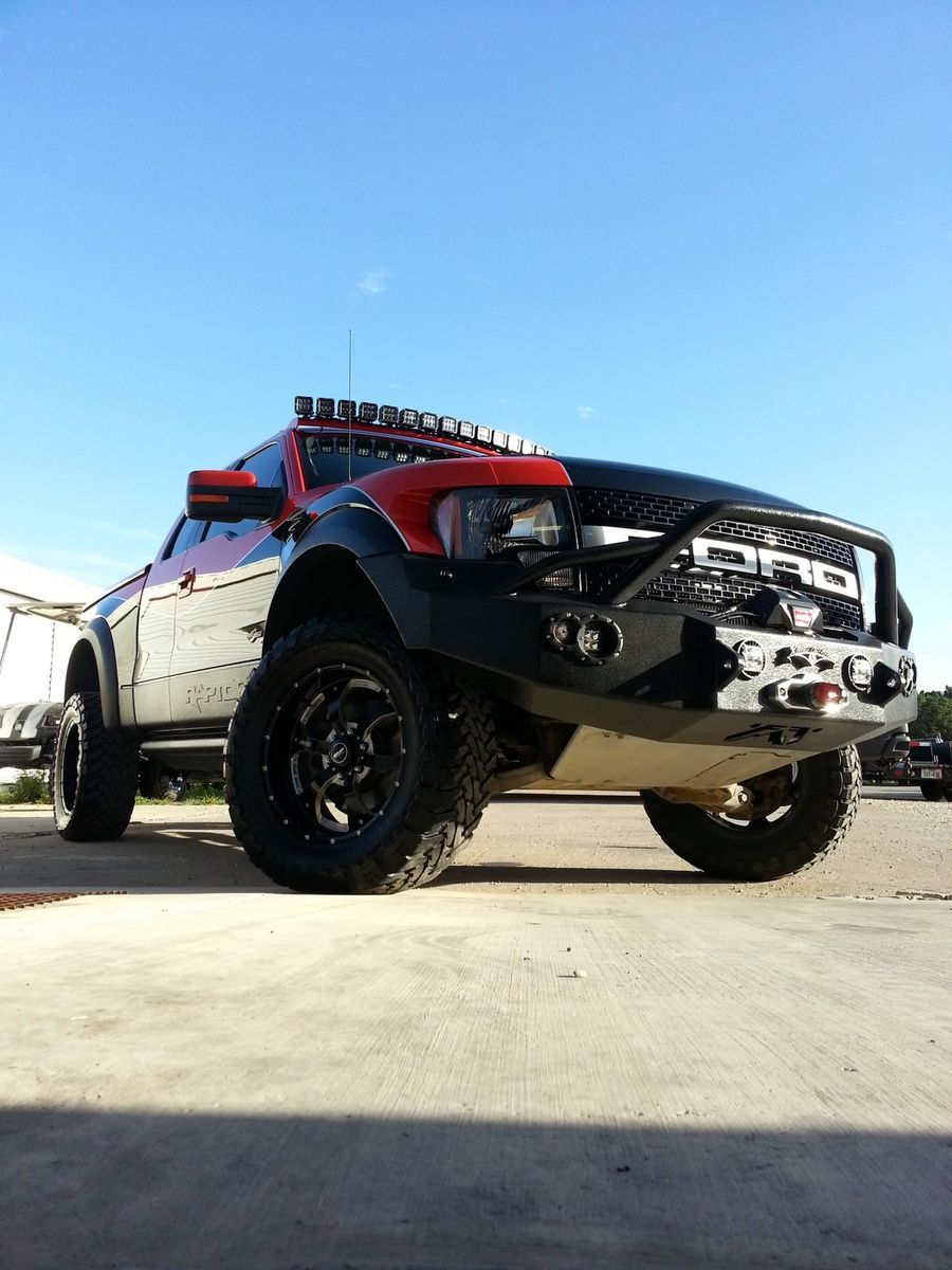 Ford  | Xtreme Outfitters Raptor with Rigid Industries lights