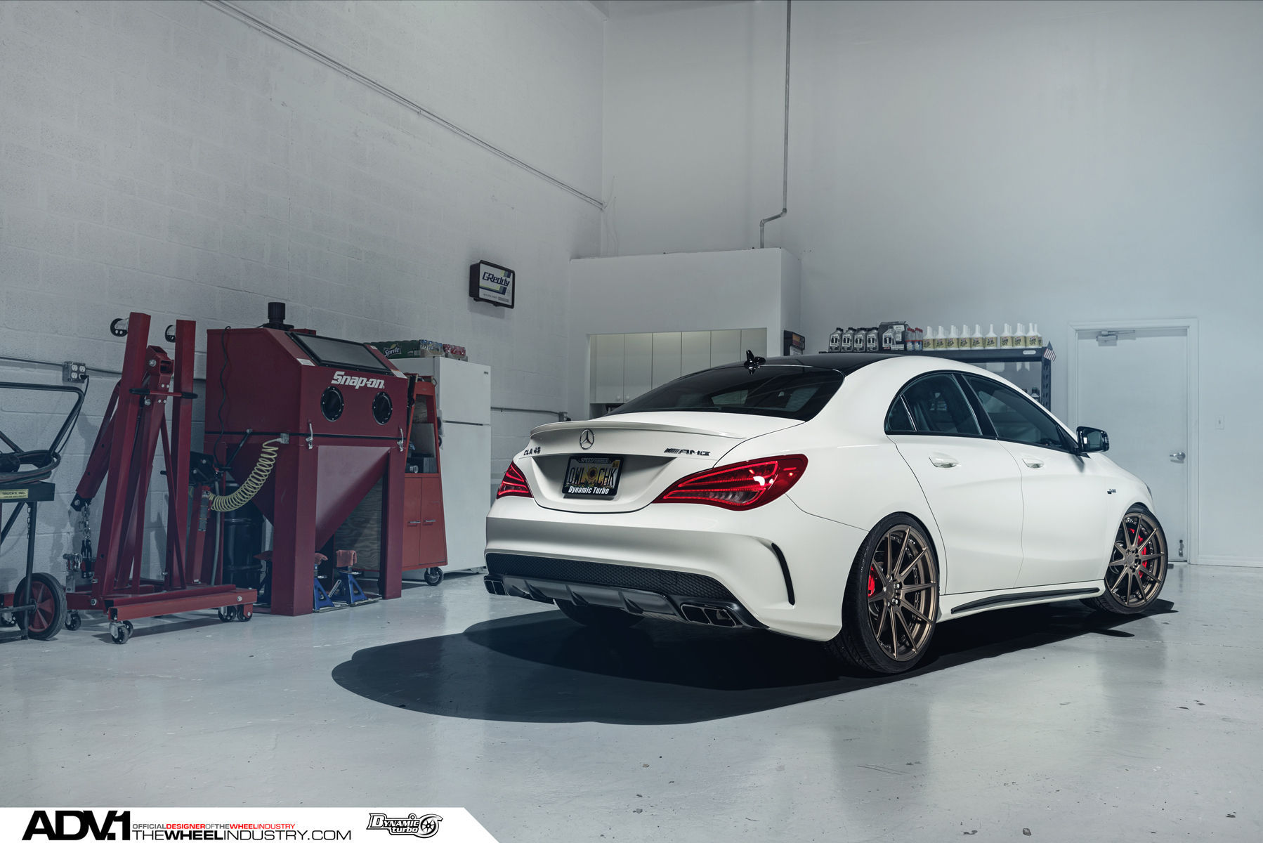 Mercedes-Benz CLA-Class | Mercedes CLA45 AMG