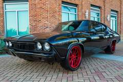 Andy M's Velocity Restorations '68 Chevelle on Forgeline RB3C Wheels